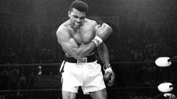 farewell Legend! Went off to 74 years Muhammad Ali