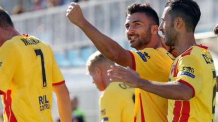 Serie B: Brake Frosinone Hellas and SPAL. The Benevento flies to second place