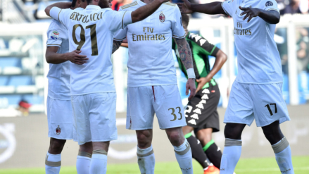 Series A: Lazio and AC Milan win between penalties and controversy. Doom for Crotone and Pescara